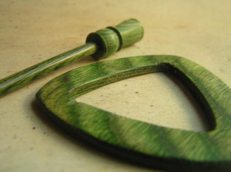 Elecra Misty Green - KnitPro Symfonie Wood Shawl Pin