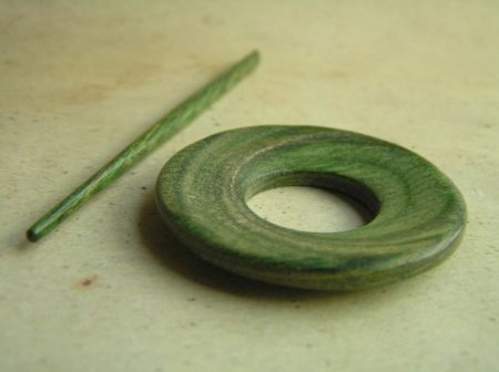 Orion Misty Green - KnitPro Symfonie Wood Shawl Pin