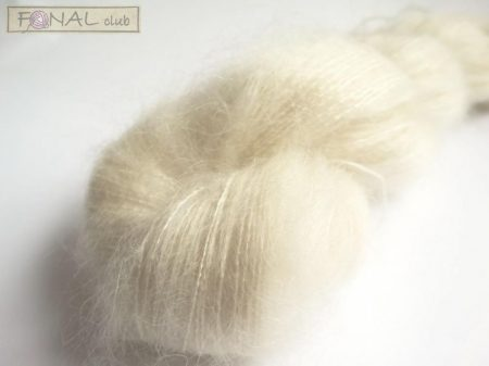 72% Kid Mohair - 28% Silk